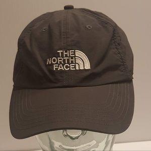 North Face Baseball hat size adjustable Black